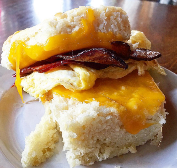 Satsuma_Egg_Nueskes_Bacon_Cheese_Sandwich
