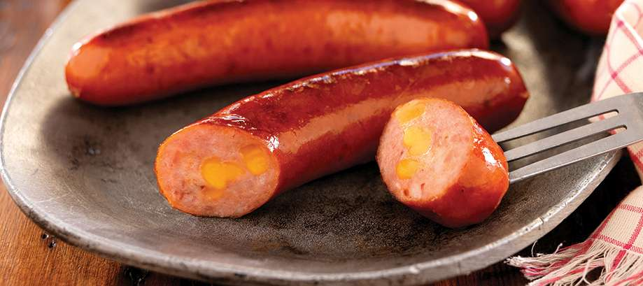 Nueske's Applewood Smoked Natural Casing Bacon Cheddar Bratwurst